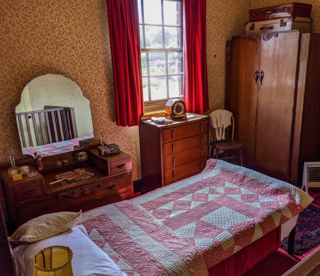 Bedroom at black country living museum